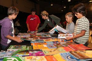 prodaja školskih knjiga u Tvornici kulture (Foto: Siniša Kosić /Medijska mreža)