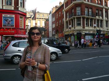 Ana Džeba, London
