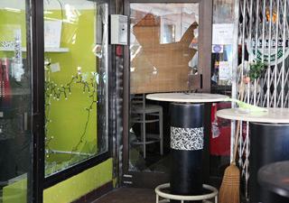 šteta na kafiću i okolnim objektima (Foto: Saša Zinaja /Medijska mreža)
