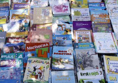 rabljene školske knjige (Foto: Kristijan Tabet)