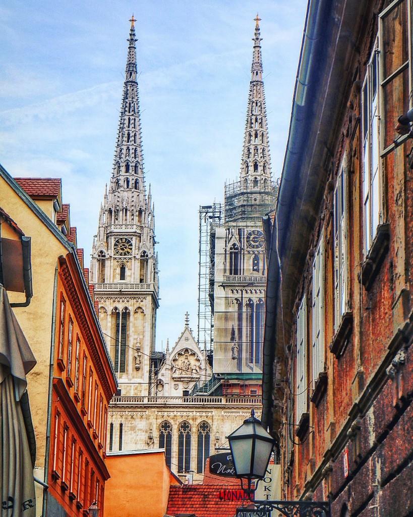 Katedrala Uznesenja Blažene Djevice Marije i svetih Stjepana i Ladislava ili Zagrebačka katedrala, najveća je hrvatska sakralna građevina i jedan od najvrjednijih spomenika hrvatske kulturne baštine.
