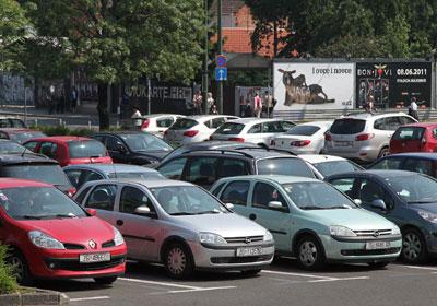 parkiranje, arhiva (Foto: Saša Zinaja /Medijska mreža)