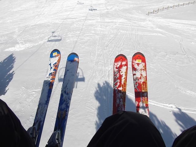 ski-lift-237597_640