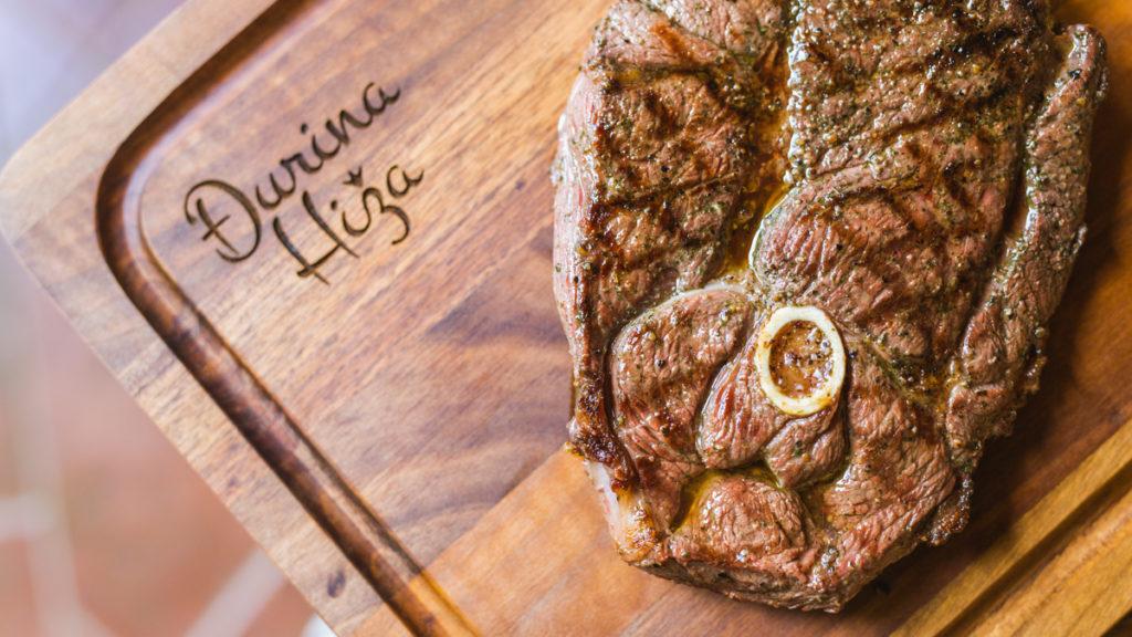 Đurina hiža  steak